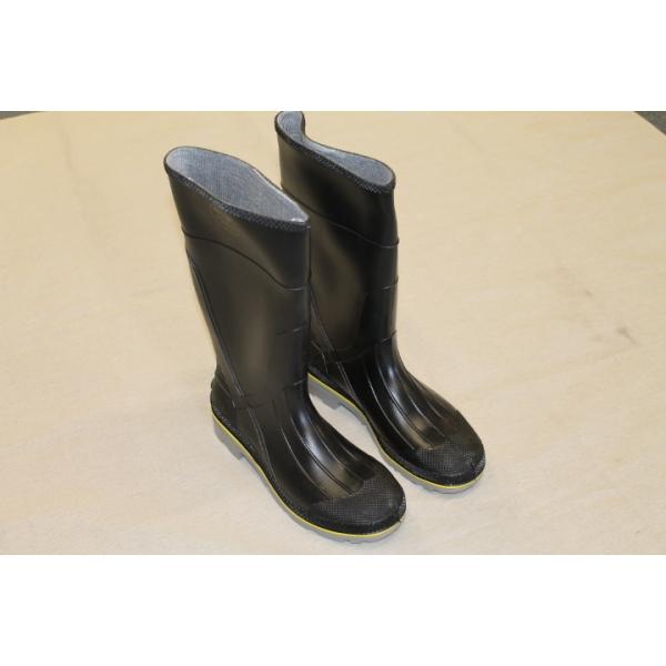 Rubber steel toe boot